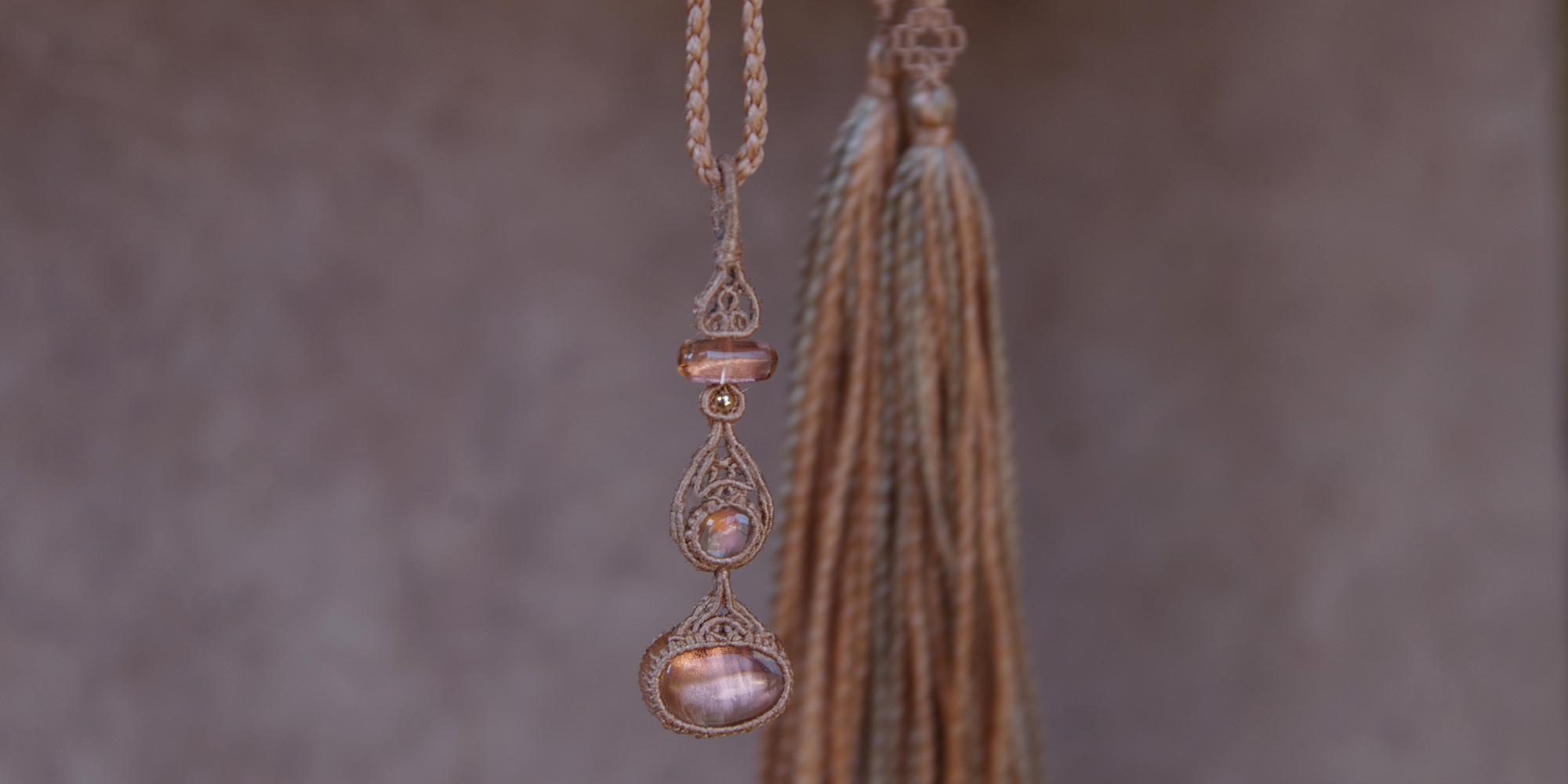 まほら mahola art&crystal